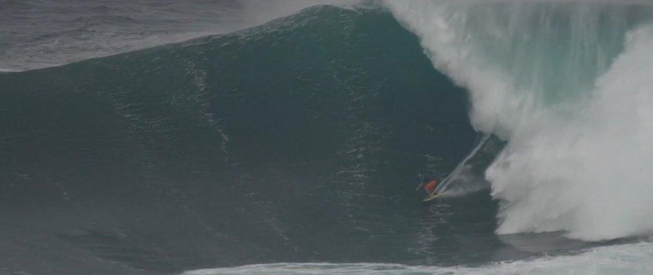 MAUI'S PEAHI BAY / JAWS https://t.co/OxGK5EaRQQ WINTER SURF FILMING for POINT BREAK 2014 MOVIE #peahi #pointbreak #maui #jaws #bigwaves #wsl #pointbreakmovie #hawaii #waves #wind #surf #surfing #kitesurfing #sup #standuppaddleboarding #wingfoil #foilsurfing #hydrofoilsurfing https://t.co/Gq3OVMGq4T