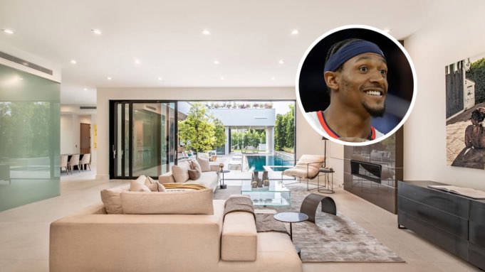 """Bradley Beal is buying a new house in Los Angeles, per https://t.co/gvXnsZuBFr  """"One of the largest homes in L.A.'s hip Venice neighborhood has sold for $6.8 million, according to property records."""" https://t.co/opHcnZTbMP"""