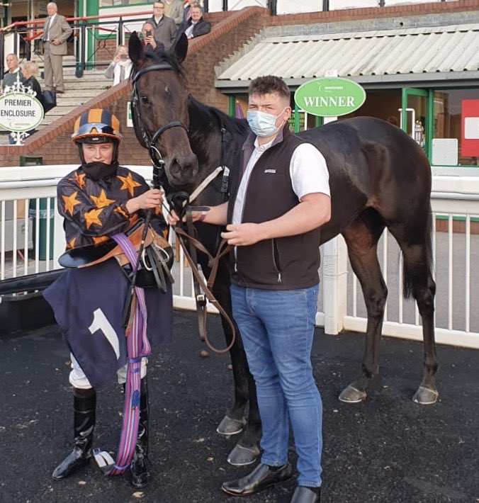 Toronado Queen doubles at Wolverhampton. Well done to owners Richard Fahey racing club. Ridden by baby Osburne Saffie! Groomed by Jason.  Well done all