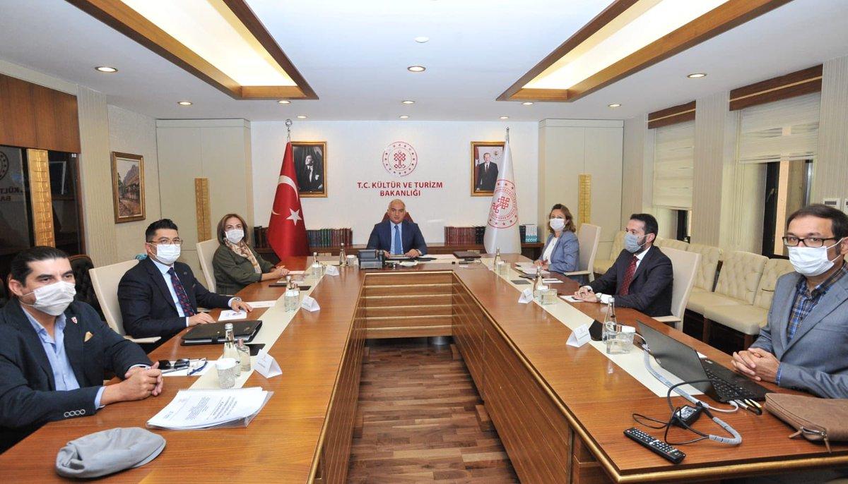 Bakanımız Sayın @MehmetNuriErsoy ev sahipliğinde Mersin Milletvekili Sayın Zeynep Gül Yılmaz ve beraberindeki heyeti Bakanlığımızda ağırladık.   @TCKulturTurizm  @zeynepglylmaz1 @iktm33 https://t.co/MzaYiPgvTc