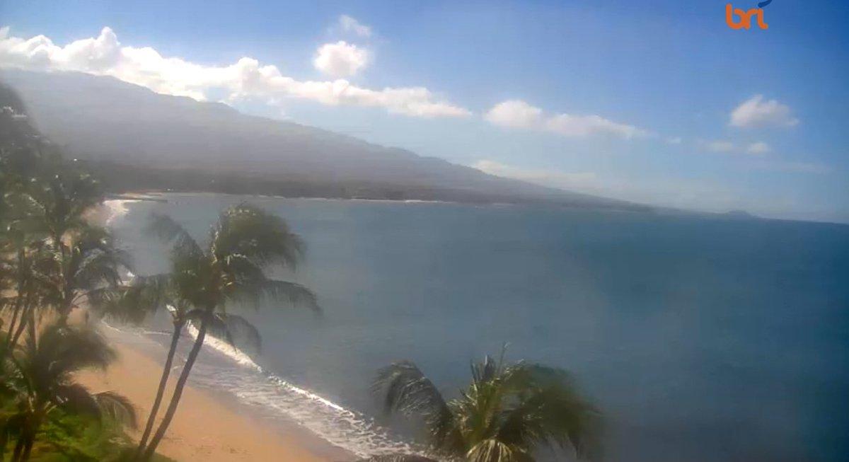 NORTH KIHEI /SUGAR BEACH /MAALAEA, MAUI: TUESDAY, SEPTEMBER 29TH ~Live WebCam: https://t.co/U0OhKCMvy5 #sugarbeach #kihei #wailea #makena #maalaea #mauicounty #northkihei #sugarbeachresort #surf #sup #wind #waves #surfing #hydrofoiling #kiteboarding #standuppaddleboarding #kiting https://t.co/8NeFTQODWK
