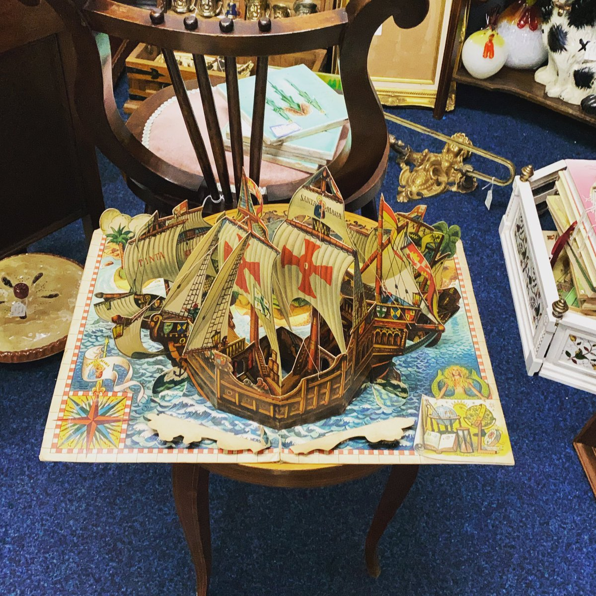 Look at this vintage Christopher Columbus pop up book one of our dealers has in. #popupbook #christophercolumbus #voyage #vintagetoys #astraantiquescentre #hemswell #lincolnshire https://t.co/TdPRVfCoJt