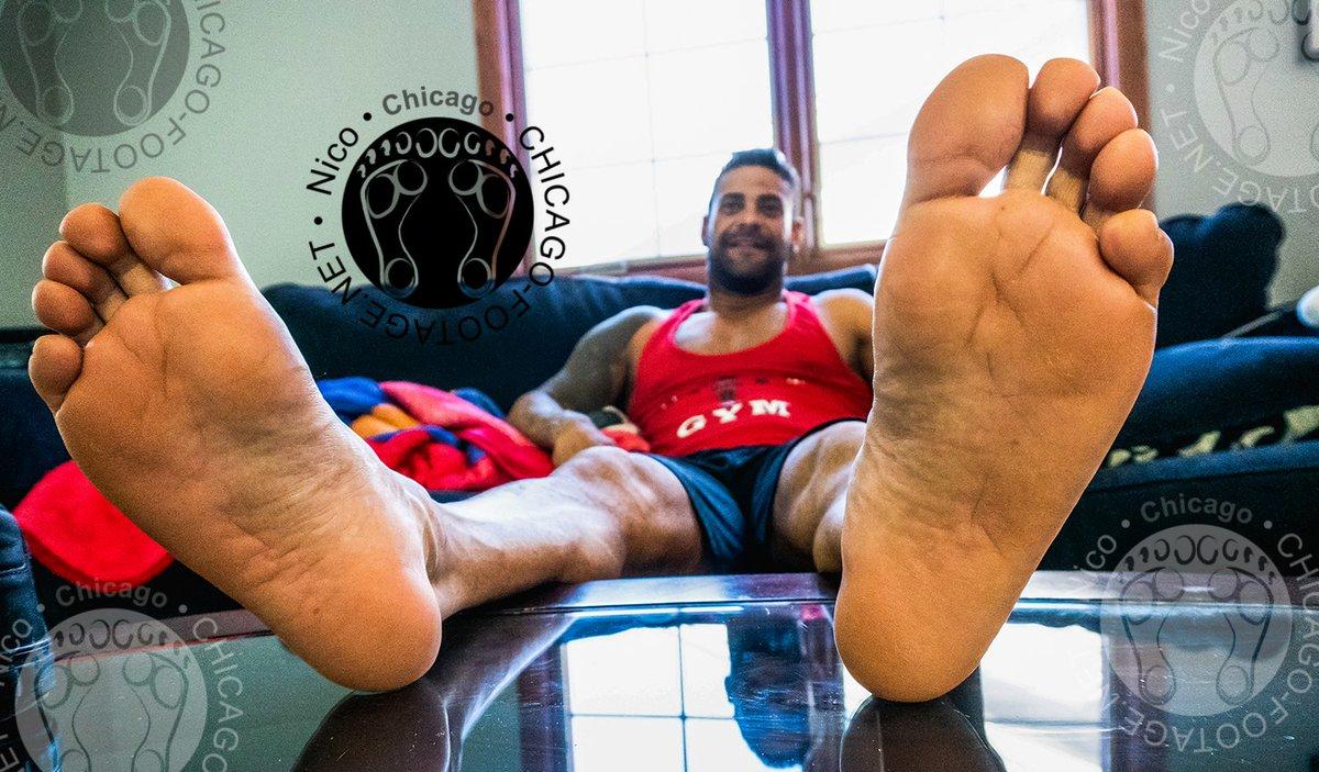 #foot #feet #chicagofootage #footfetishnation #sockedfeet #partsmodel #bigmalefoot #soles #baresoles #baremalesoles #baremalefeet #baremalefoot #fetish #footfetish #feetfetish #malefootfetish #malefeetfetish #jockfoot #jockfeet https://t.co/OxuVzuBtUX
