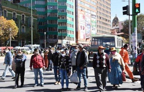 #ANBnews|#BreakingNews|#Debate2020   COVID-19: GOBIERNO AMPLÍA HORARIO DE CIRCULACIÓN HASTA LA MEDIANOCHE DE LUNES A DOMINGO  #Bolivia|#ElALto|#LaPaz https://t.co/H9MJh5ARlc