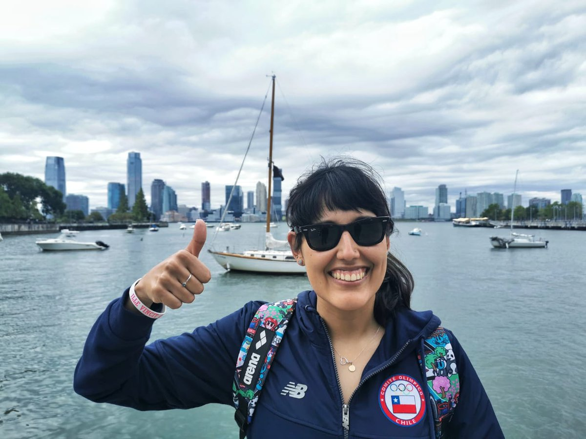 ¡La nueva aventura de Bárbara Hernández! Con el apoyo del @MindepChile la nadadora 🇨🇱 recorrerá mañana ¡47 kilómetros! alrededor de la isla de Manhattan 🇺🇸 ¡Dale con todo @Barbarellah💪! #DeportistasPorElMundo #Girlpower https://t.co/O0K3kJHZgC