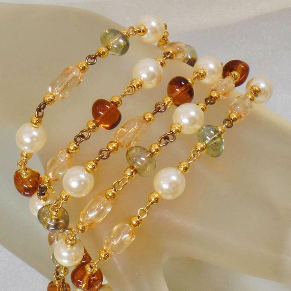 Statement Bracelet. Napier Glass Bead Pearl Bracelet. Glass Bracelet. Bracelets for Women. #Jewelry for Brides. waalaa. Jewelry for Women. #vintage #antique #shopping #jewellery #gifts #wedding #etsy https://t.co/HKzSCsM0sv https://t.co/iaeyAEGyVP