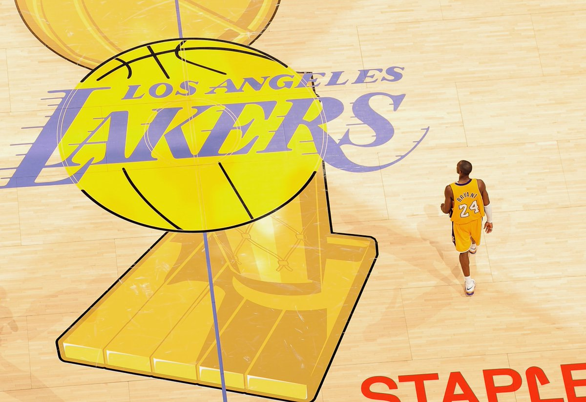 Miss these old NBA Finals on-court designs. https://t.co/KTCySH41NU