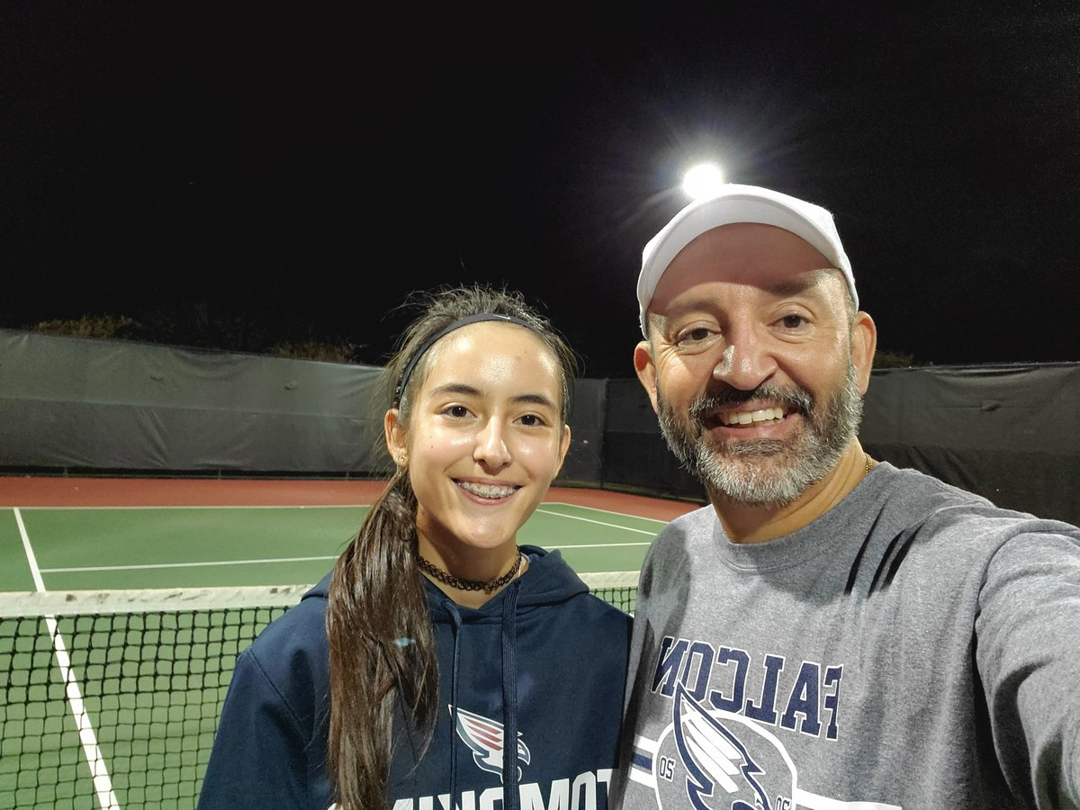 Tennis night with my daughter. ❤🎾 #NoExcuses #SelfCare #StayHealthy https://t.co/0uf34yvyda