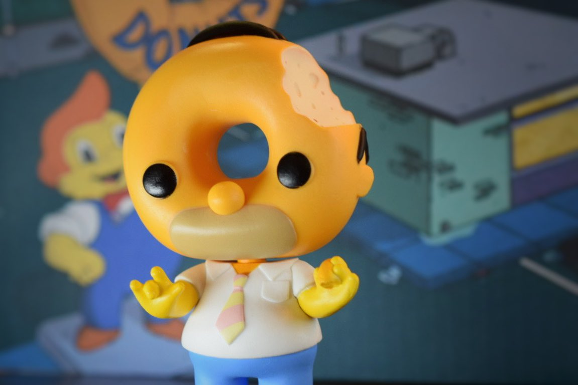 Love this Homer @OriginalFunko from @TheSimpsons Treehouse of Horrors! It's a @HotTopic exclusive so check your local Hot Topic now!   #funko #hottopic #TheSimpsons #donut #doughnut https://t.co/uZSpolsvYi