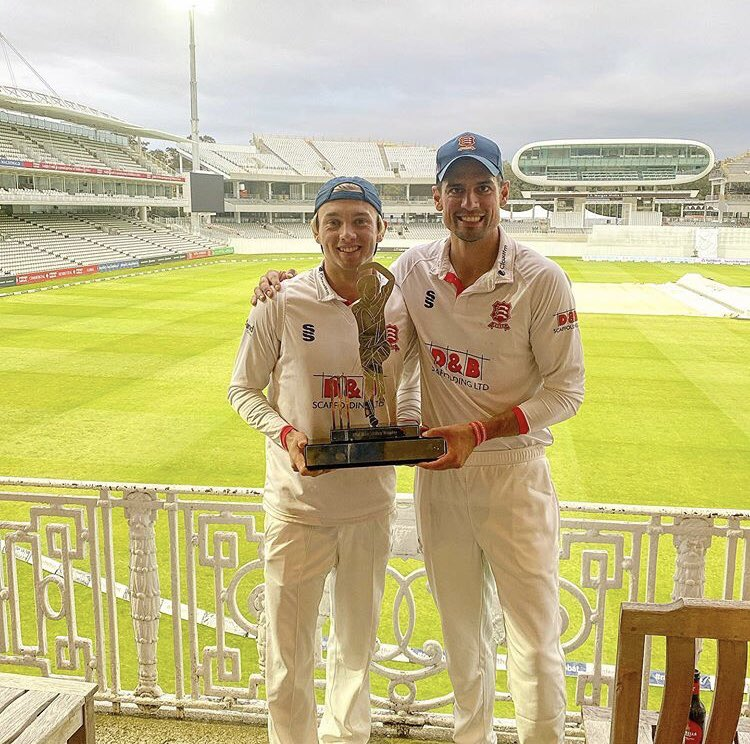 Massive ups to @aaronbeard_14 who's helped @EssexCricket to the Bob Willis Trophy. This was a one-off red ball comp seperate to traditional County Champs. It's no surprise that Beardy has played a big part in the Essex success over the last few years. Much love 💓 #bleedblue