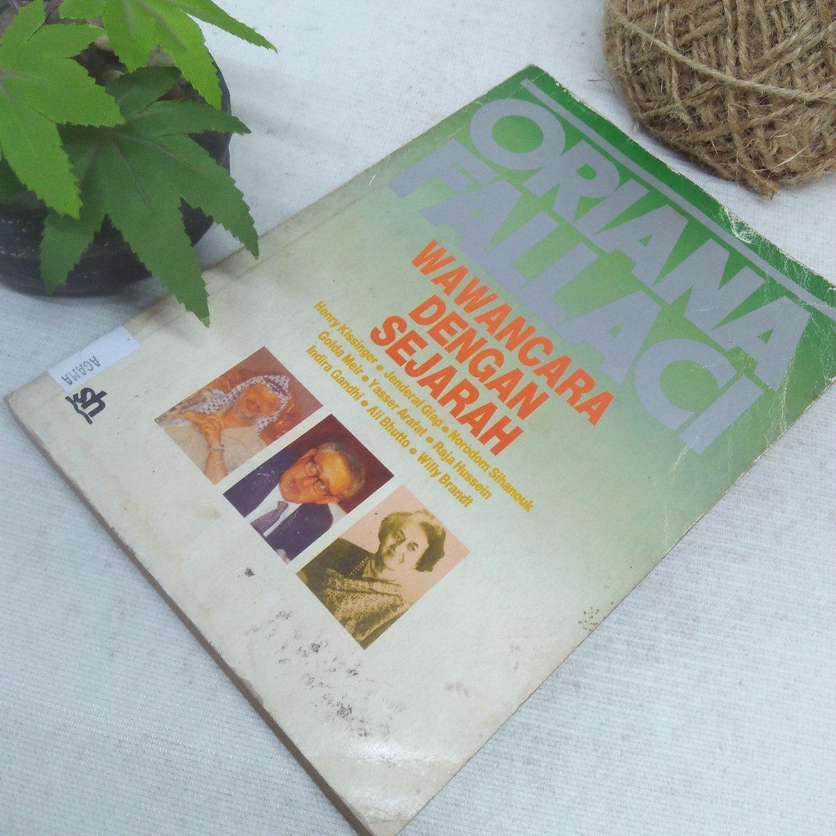Buku Lawas > Wawancara Dengan Sejarah   Oleh; Oriana Fallaci   Tahun 1988 286 Halaman   Harga 75.000 Minat?    Order: ✓DM or Klik WA https://t.co/xMnymNzYyW https://t.co/I6swrfXDqj