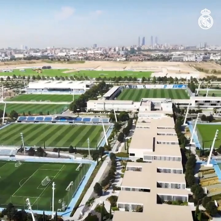 ⚽🏃‍♂️🌱 #OTD in 2005, the best training facility in the world opened its doors for the first time! 🎂 Happy birthday, Ciudad Real Madrid! #RMCity | #HalaMadrid https://t.co/tCZL0CpmyG