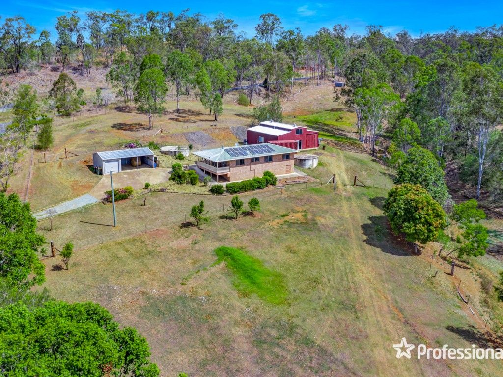 Nestled In A Peaceful Pocket At Widgee https://t.co/B2GtFvZDPj  With new fencing and animal shelter, four separate paddocks and a dam ... that tree change, hobby farm, American barn dream awaits your arrival and yes you can bring the R.V. #qld #widgee #forsale #farmproperty https://t.co/N07g42LMSf