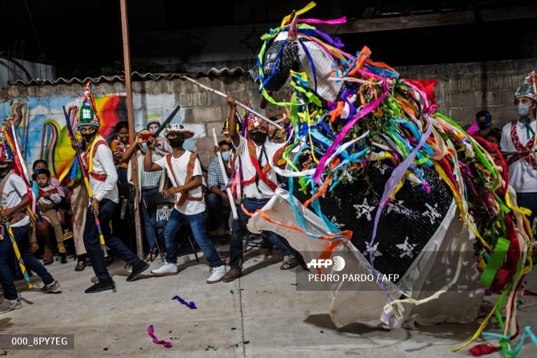 Mexico's forgotten Afro-descendants celebrate roots #AFP  https://t.co/Gz9n7fvzyd 📸 @PPardo1 https://t.co/gFgvWgfLMN