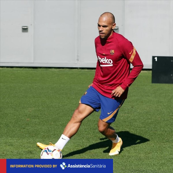 MEDICAL NEWS   @MartinBraith is cleared to play; @JuniorFirpo03 is out with left hamstring discomfort and his recovery will determine his availability. #CeltaBarça https://t.co/QIlA9RXUMx