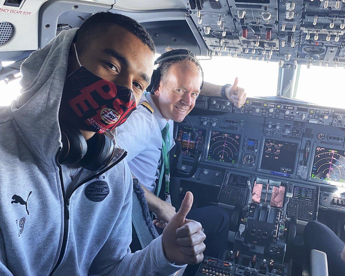 Co(dy) pilot 👨🏽✈️ Thanks for the pleasant flight 👍 #ROSPSV #UEL