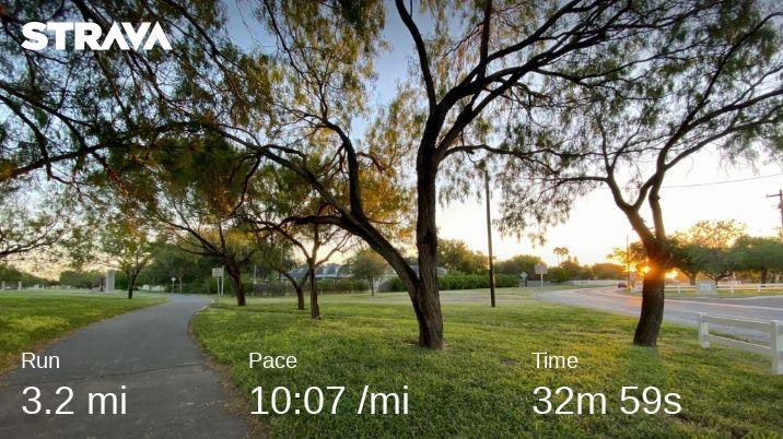 Nice cool run! #oldmanjim #LoveThisWeather #rgvrunning #running https://t.co/tUZrS6ddPi