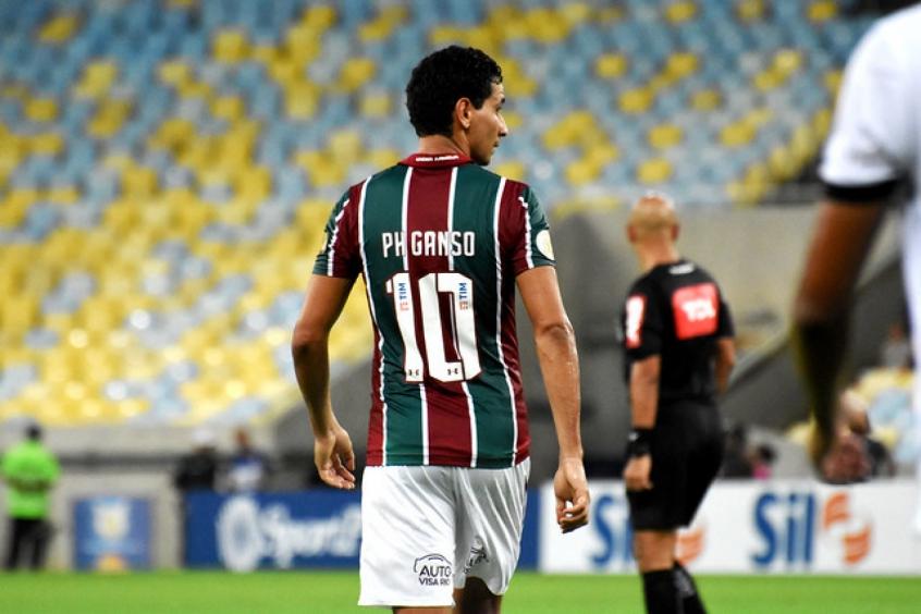 O meia Paulo Henrique Ganso, do Fluminense, testa positivo para a Covid-19. Segundo o clube, ele foi prontamente isolado e cumpre quarentena domiciliar.   (Foto: Mailson Santana/Fluminense) https://t.co/OShfpx1pMO
