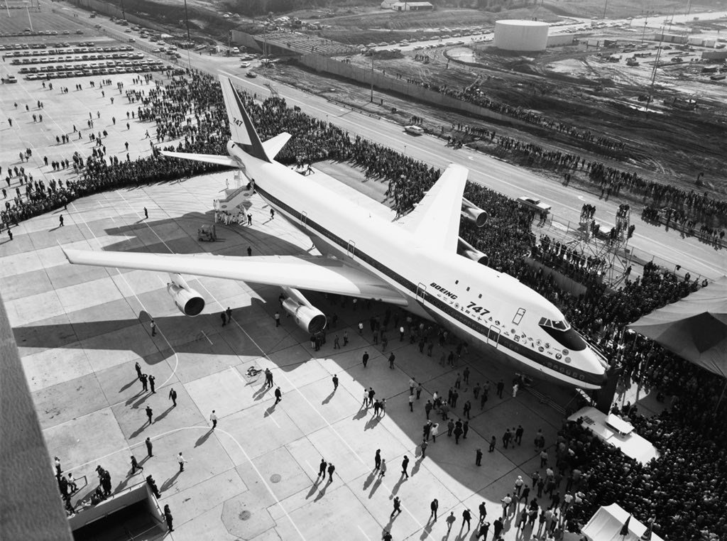This day on September 30, 1968 – The Boeing 747 is rolled out and shown to the public for the first time. https://t.co/D5XysxT7Cs