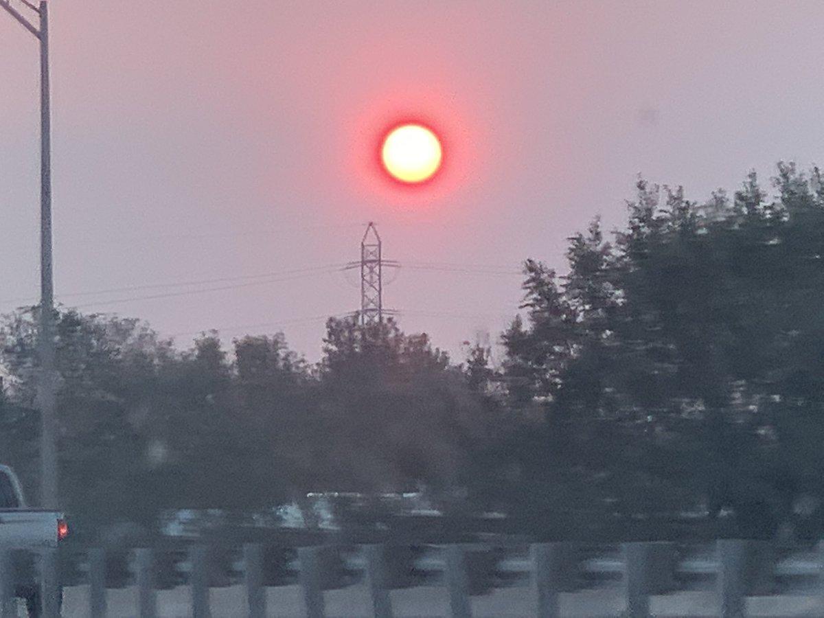 #denver #sunrise #sun 9/30/2020 https://t.co/QpouoF3cms