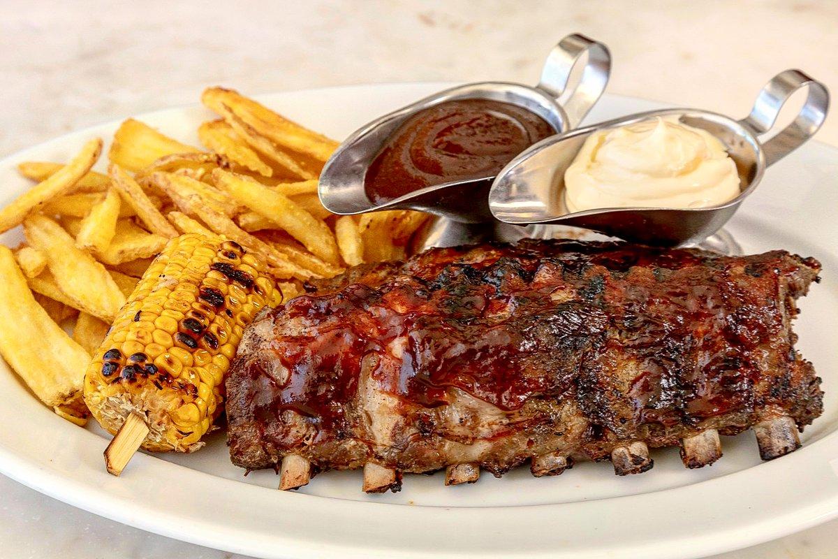 Try our amazing bbq ribs with corn fries, to finger licking good!!👌🏻❤️😋 Prueba nuestras deliciosas costillas a la barbacoa, para chuparse los dedos!!👌🏻❤️😋 #pizzeriapicasso #bbqribs#costillasbbq#yummyfood #delicious #cornfries #puertobanus #marbella #Málaga https://t.co/agkj0gfmsX