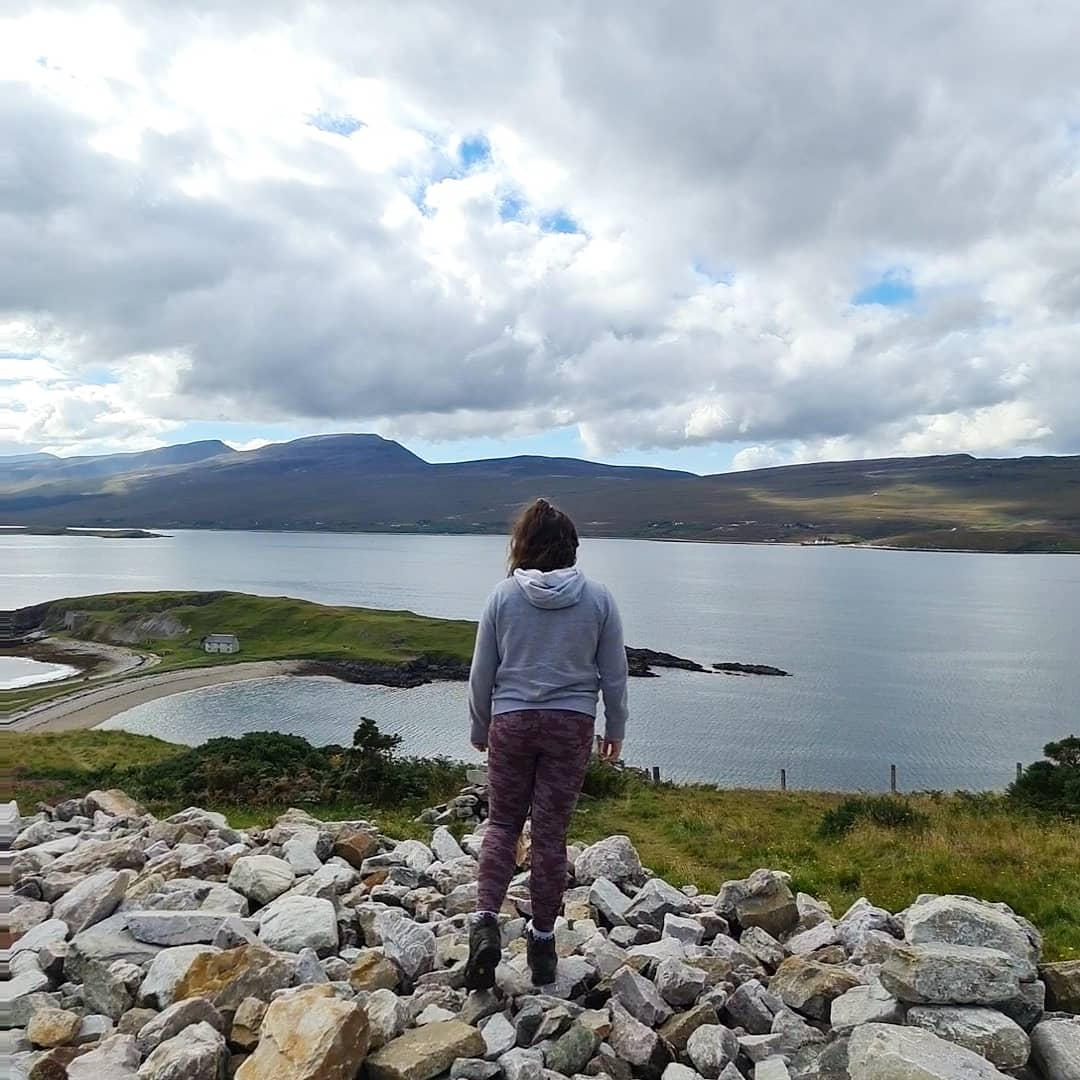 Day 3 of our #NC500 adventure  #staycation #scotland #bloggingcommunity #Travel #travelbloggers #smoocave #duncansbystacks #strathybay https://t.co/ccuQKJlz9C https://t.co/LKzXTArihl