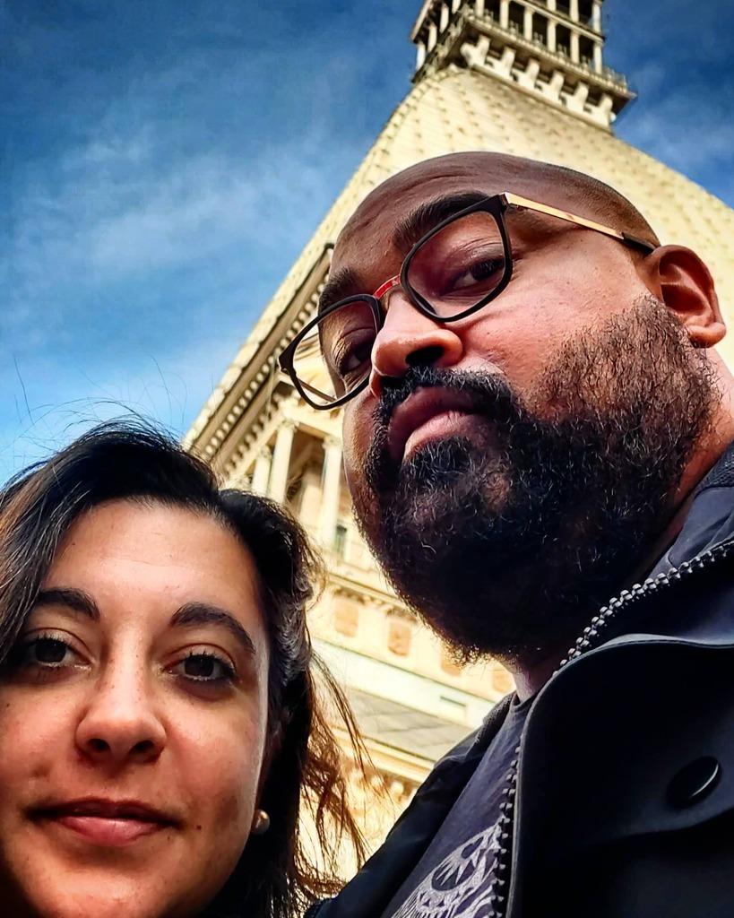 L'aMOLE mio!!! #selfie #couple #instacouple #good #instagood #love #instalove #Turin #Torino #piemonte #walking #around #instaselfie #meandyou #moleantonelliana #mole #via #montebello #sky #sun #instasky #instasun #picoftheday https://t.co/m7SXSrwy10 https://t.co/MDEtArwA8f