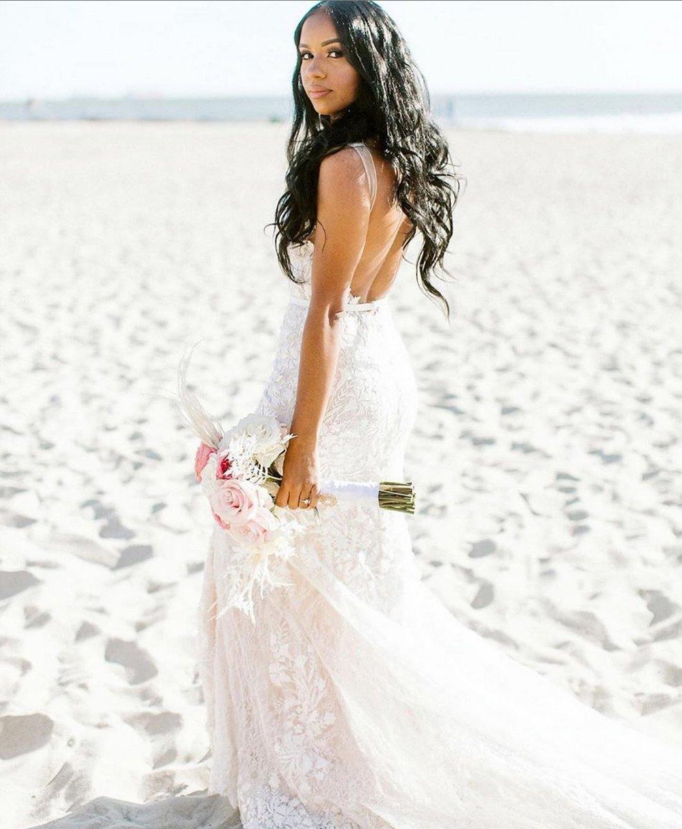 339krs7kufwcgm,Red Fancy Dress For Wedding