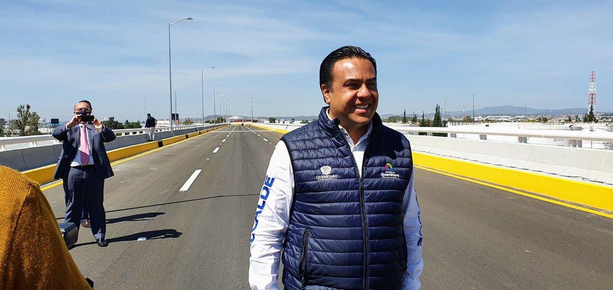 -Mañana inaugurarán el Viaducto Poniente de Querétaro -  El municipio de Querétaro dio a conocer que a partir de mañana el Viaducto poniente abrirá a la circulación con el fin de garantizar una mejor agilidad en el tráfico @LuisBNava @qromunicipio https://t.co/INL2Pc3anK