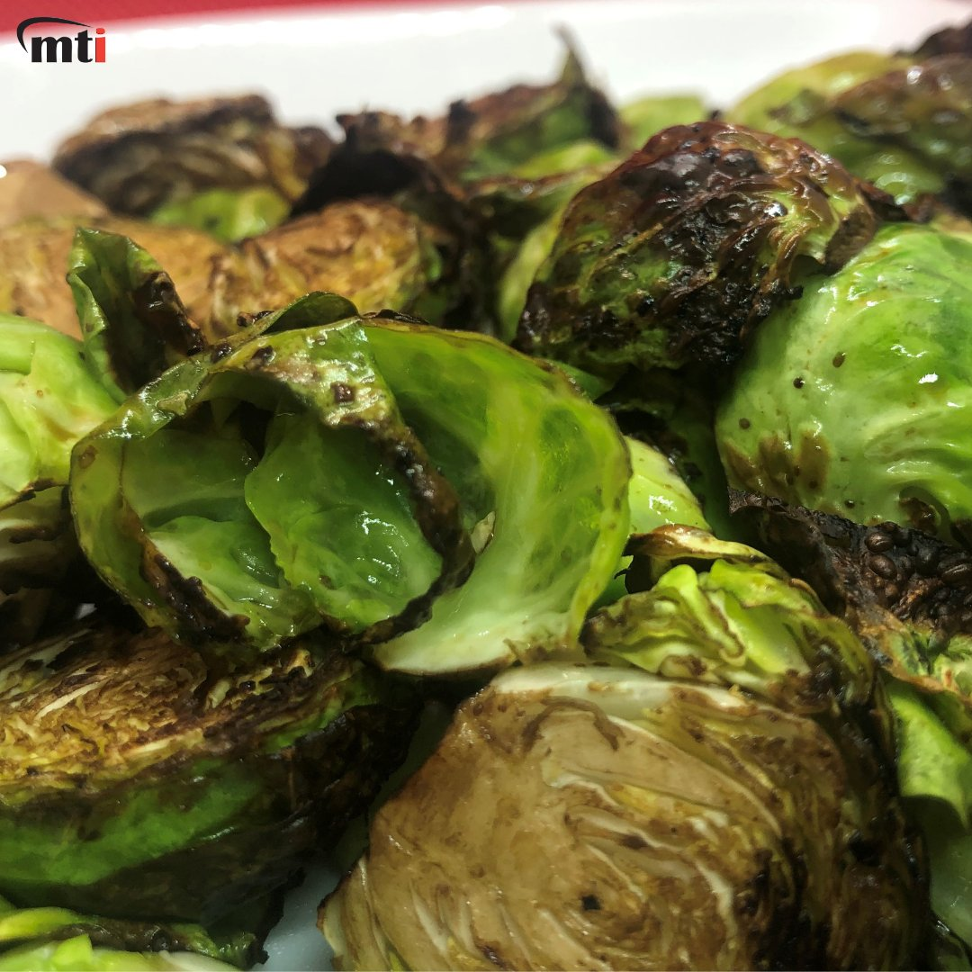 Is there anything better than freshly prepared veggies from our MultiChef XL?  #brusselsprouts #bsprouts #sprouts #veggies #oliveoil  #roasted #healthy #grilled #fresh #vegitables #green #healthyeating #cleaneating #vegfriendly #feelgoodfood #eatfresh #vegitarian #vegan https://t.co/OThLhUB4Fd