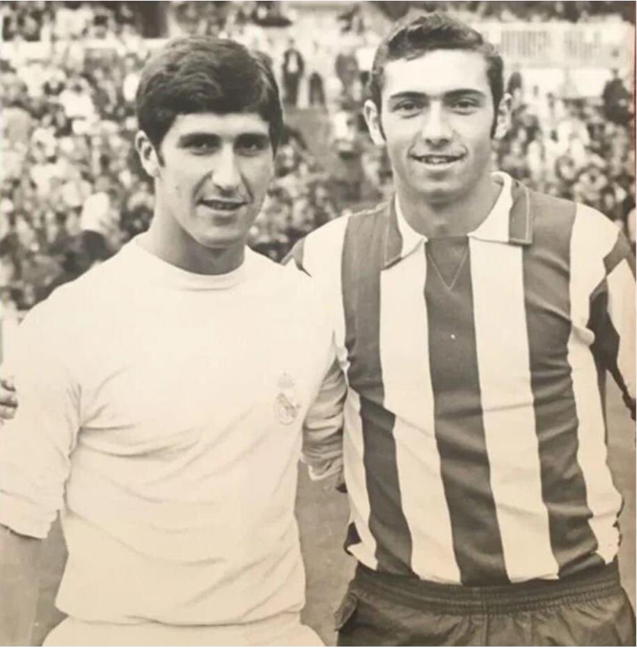 They had been teammates the previous year at Sporting, rising, with their goals, to the first division, the friends #Quinín and #Marañoncín.  #RealMadrid #AtléticoMadrid #MadridDerby #DerbiMadrileño https://t.co/6duHN72zD1
