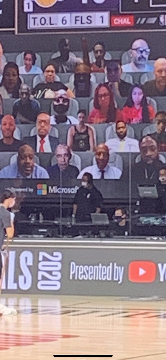 Basketball fan (and former president) Barack Obamain attendance as a virtual fan for Game 1 of the NBA Finals between Lakers-Heat. https://t.co/QBR4HnwsmY