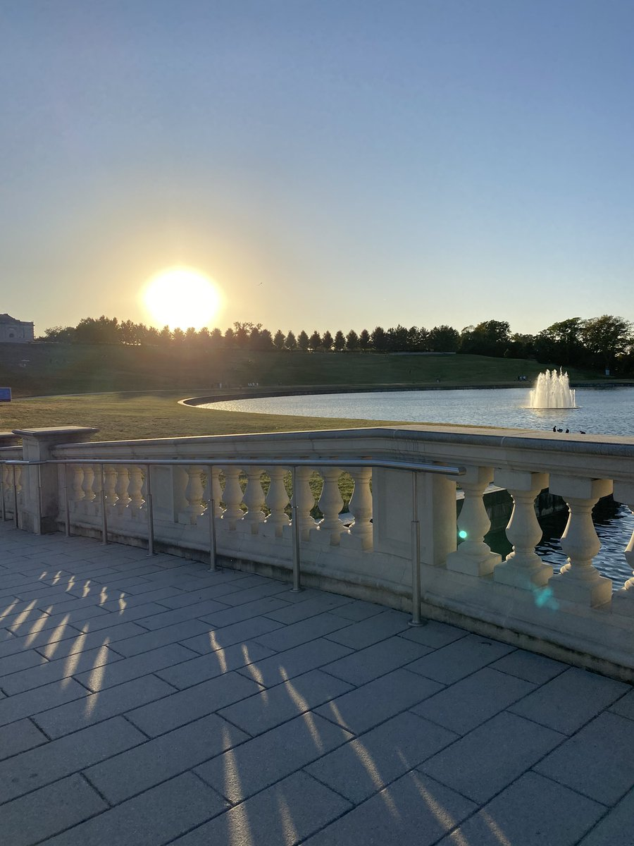 Dreamy views walking through @ForestPark4Ever 🌸☀️🌅 Can't believe tomorrow is already October!