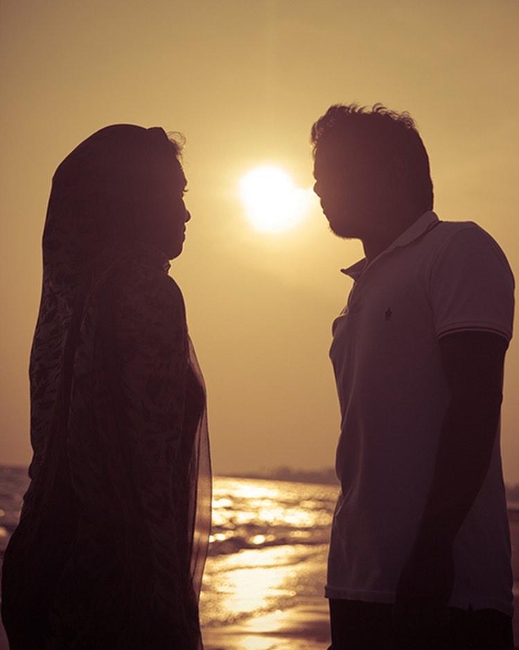 வாழ்க்கையில் பிடித்துக் கொள்ள சிறந்த விஷயம் ஒருவருக்கொருவர் 💞   Jan 1st 2015 - sep 19th 2020 with ziya kutty  @thisisysr #ZafroonNizar #ZiyaYuvan   #photography #passion #beach #YuvanShankarRaja #YoungMaestro_U1 #LittleMaestro_YSR #RockStar #YouthIcon_U1 #டீம்யுவன் https://t.co/7ao0iNuYD4