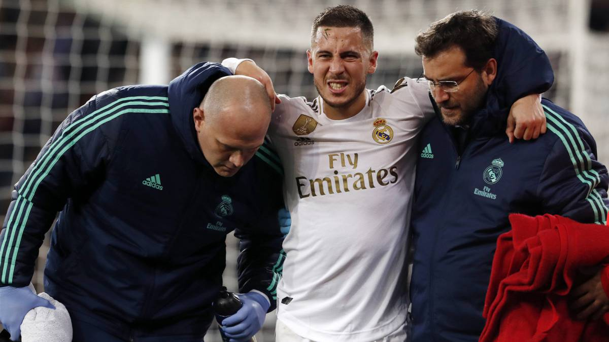 Eden Hazard's injury woes at Real Madrid look set to continue after the Belgian pulled out of the squad to face Real Valladolid in La Liga on Wednesday with a muscle problem.  #Hazard #RealMadrid #RealValladolid https://t.co/4AXYt4NpmP https://t.co/v8rjEKmbwN
