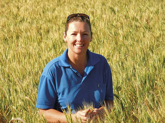 Welcome to the @GGA_WA network, new Associate member @Julianne_Hill. An independent consultant, Julianne is best known for her work as coordinator for the WA GRDC Grower Network. Read more about Julianne's RCSN projects  https://t.co/DsdVixv5wh https://t.co/k2xs6pgixk