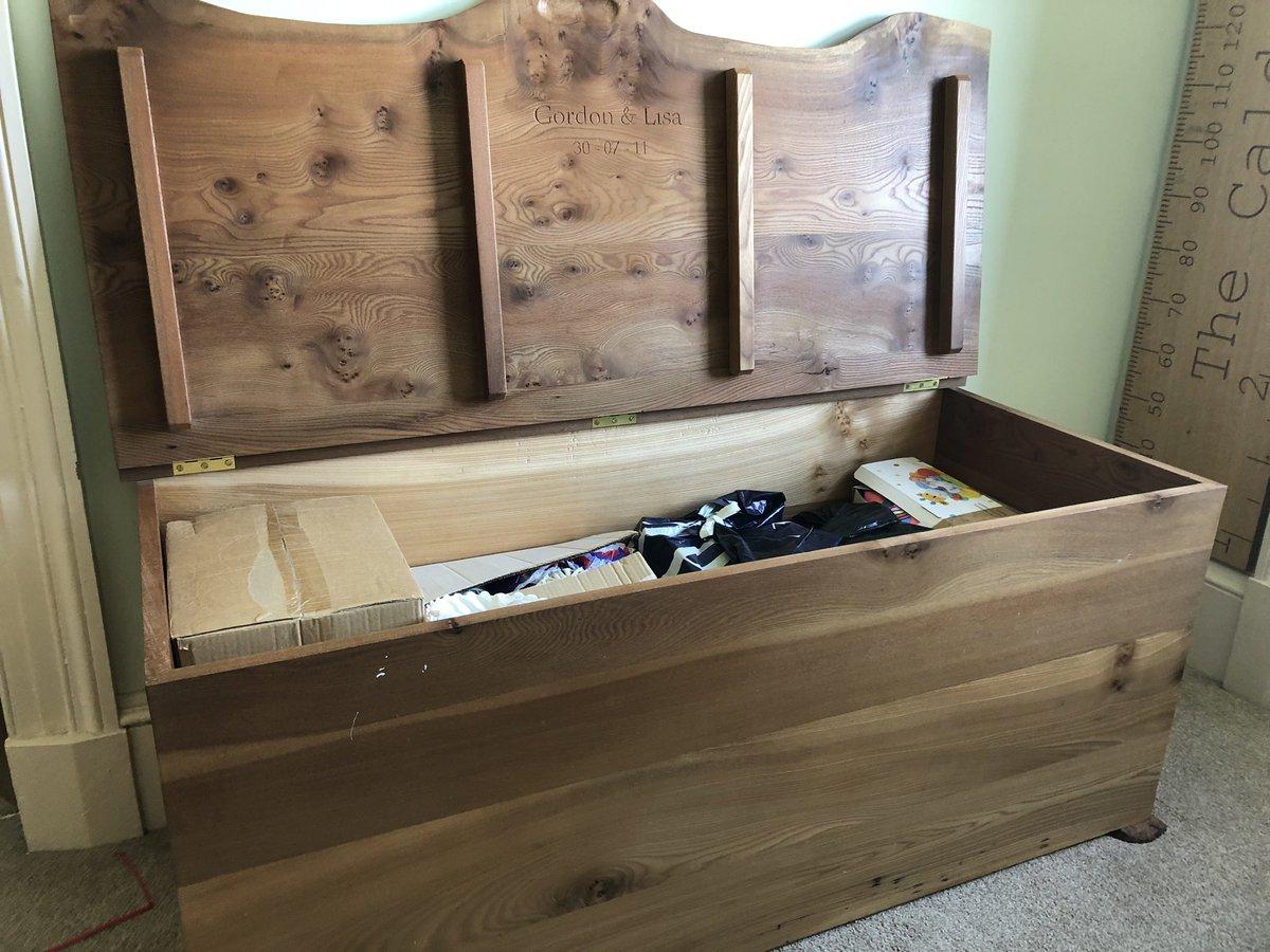 @ruralsarah A neighbour of mine made this box - Clachan Wood