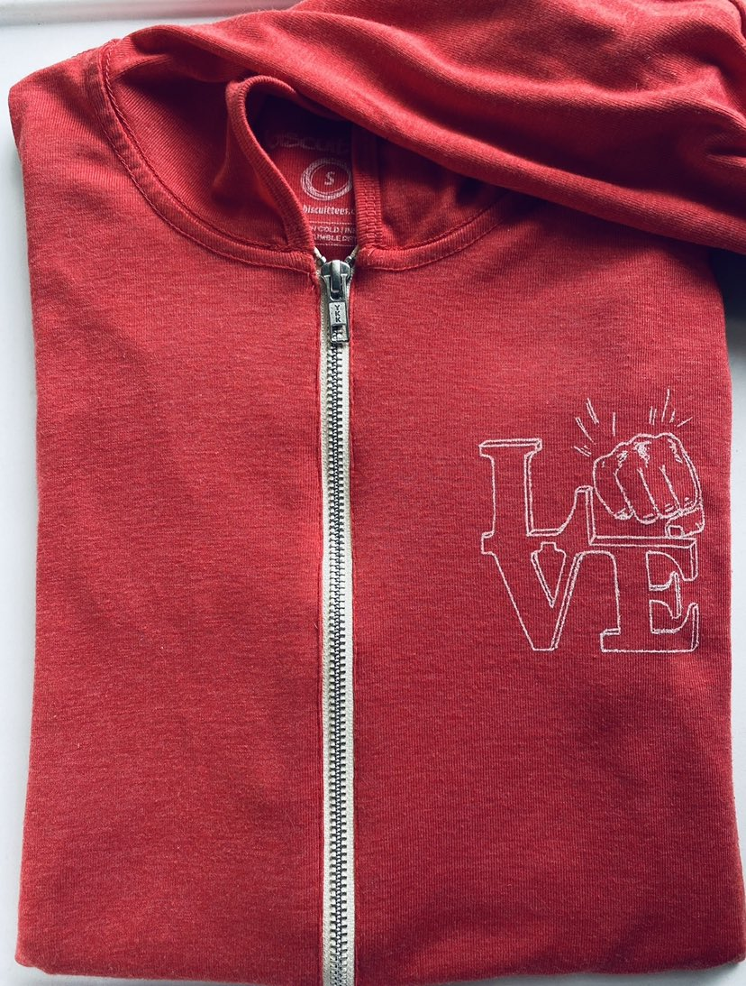Perfect weather for Biscuit light weight zip up hoodies! 🍁🍂#lovephilly #fall #biscuittees  https://t.co/4IftTyFnWw https://t.co/3t07Mi5C0u