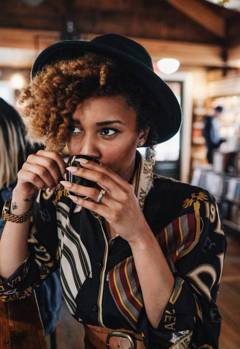 #fbf Fall vibes ! Take a sip of espresso and enjoy the weather ! 🍂🍁 #October1st #artistic #blackblogger #coffee #espresso #fall #twistout #blackcreatives #Scorpio #dkny #GoodVibesOnly https://t.co/0e610lte84