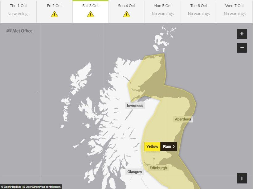 ⚠️ YELLOW weather warning for #Rain will be in place across parts of #Scotland from 3am on Saturday until 6pm Sunday. Please follow @trafficscotland for up to date info on the trunk road network and #DriveSafe & #TakeCare if out - read more here: buff.ly/2u3mXrt ⚠️