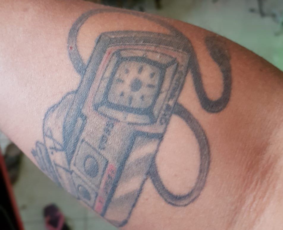 #Geek 🤓 Awesome of the Day: Master System Controller 🎮 Forearm #Tattoo via @whosnerd #SamaTattoo #SamaGeek #SamaGames 🕹️