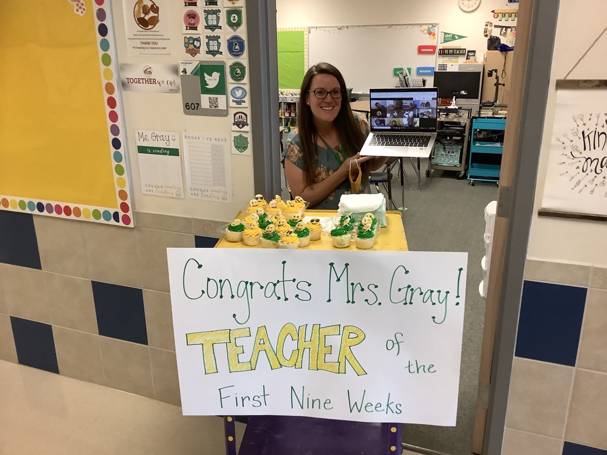 Congratulations to our EXCELLENT teacher ⁦@MsGrayCFB⁩ Thompson's Teacher of the 1st 9 Weeks!