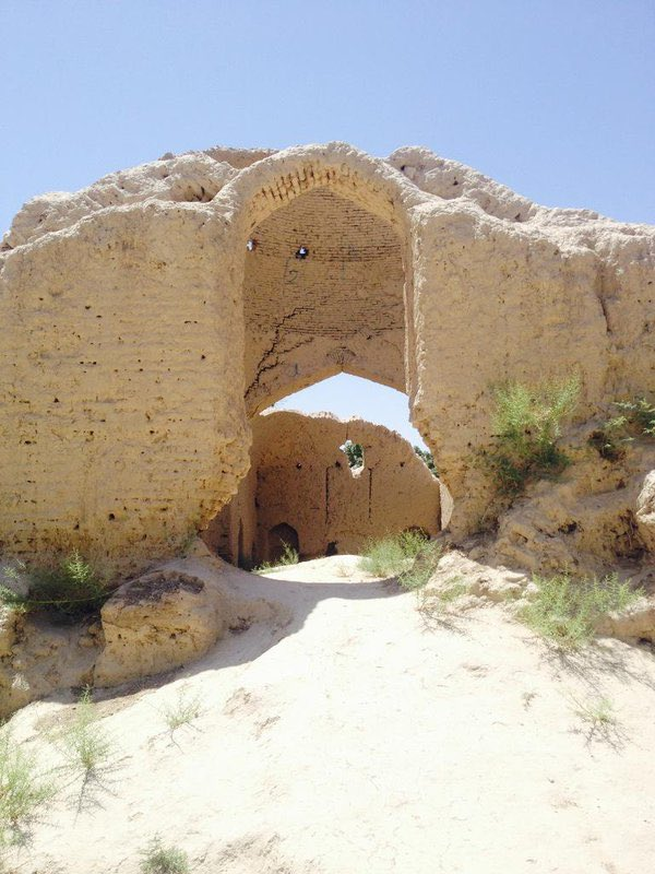 Maulana Jalaluddin Balkhi, known also as #Rumi, was born on this day in 1207.   I visited the ruins of the house in the ancient city of Balkh, in northern #Afghanistan, where he was believed to be born. https://t.co/vq29MIQcUg