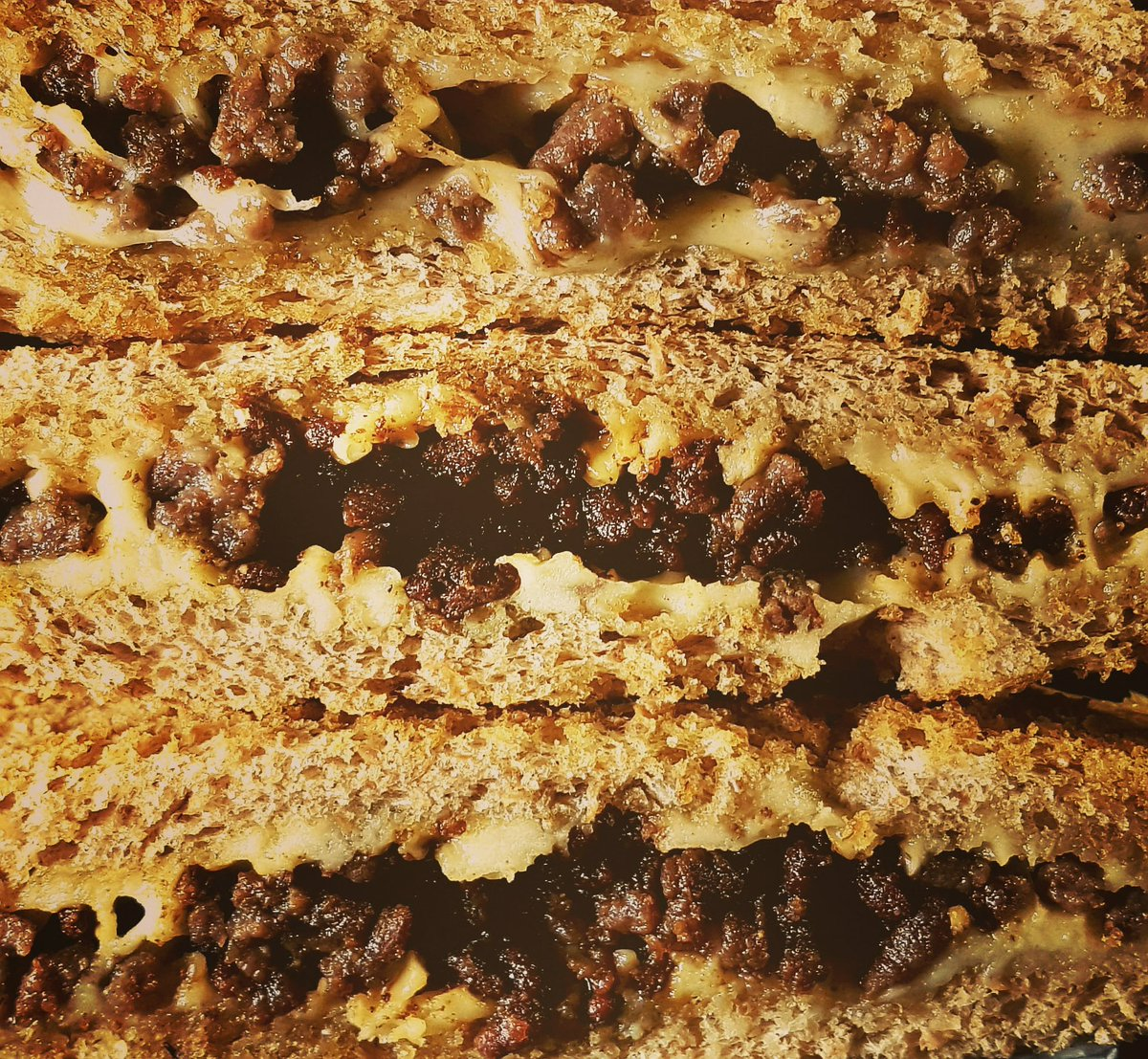 Spicy grilled Cheese/minced meat sandwiches for lunch. Easy, fast and very tasty!  #grilled #sandwich #meat #cheese #spicysandwich #grilledcheese #delicious #homemade https://t.co/6doJNHLE5h