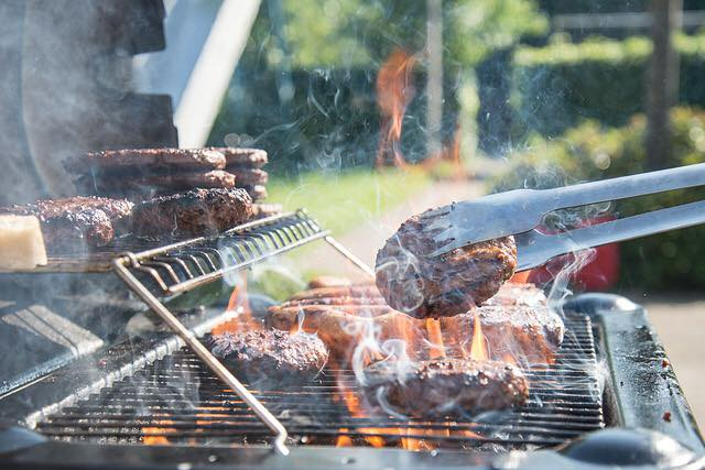 What Are You Grilling Today? 🥩🍗🍖🌭🍔#getinmybelly #bbq #ribs #wings #bbqrub #bbqrubs #bbqsauce #pitmaster #pitmasters #pelletgrill #barrelsmoker #carnivore #meat #pork #steak #bbqribs #grilling #Hickmansbbq https://t.co/tj0DCiAwdl
