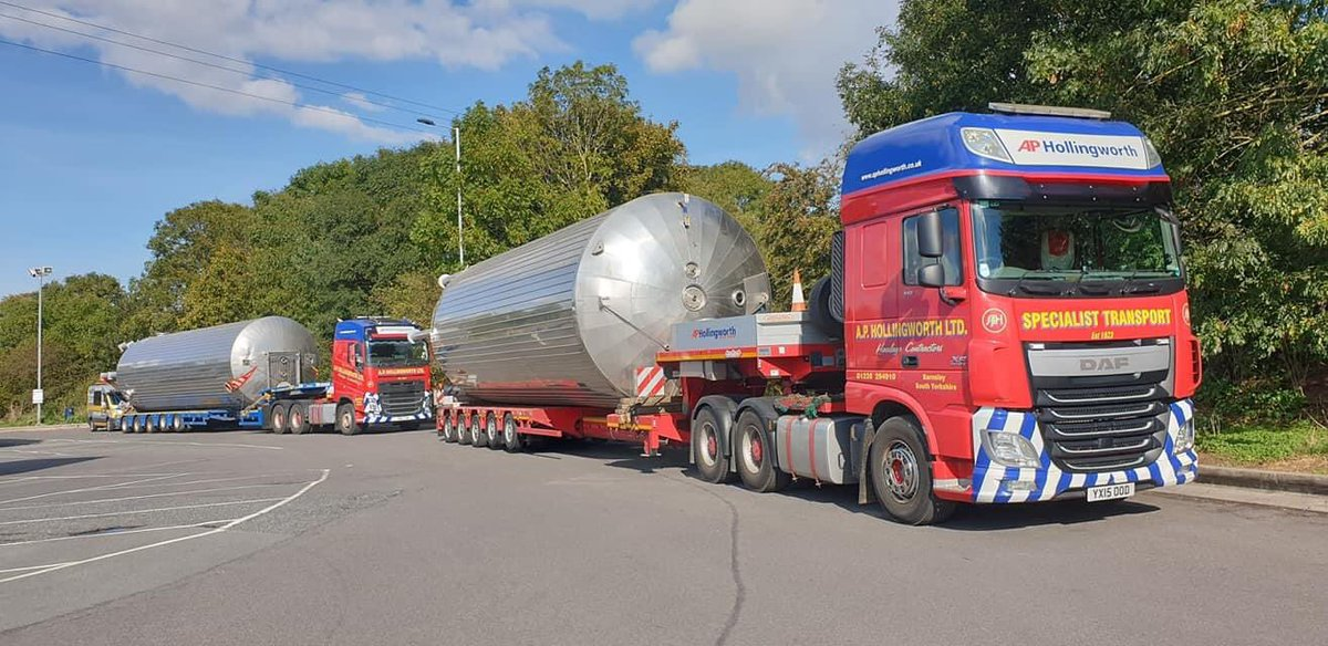 A couple of 14m x 4m storage vessels heading to #Gloucestershire for valued customers @TanksandVessels... #specialist #transport #heavyhaulage #wideloads @HeavyTorque @TrucknDriver https://t.co/OuTPFt7MOI