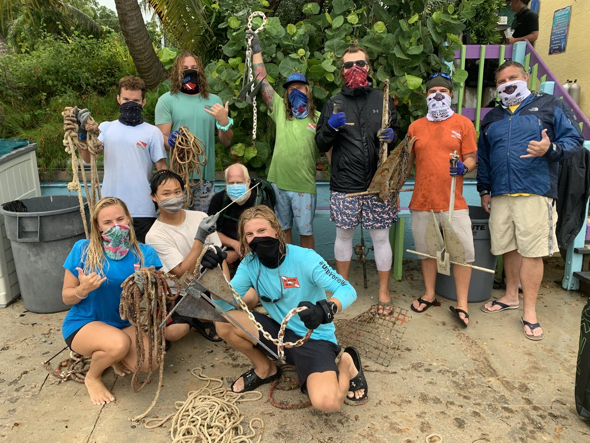 Shout out to @rainbowreef for removing 100 pounds of marine debris during a recent Goal: Clean Seas Florida Keys cleanup. Their #DiveAgainstDebris team journeyed to two dive sites in @FloridaKeysNMS and their haul included 4 anchors and 86 feet of fishing line. Great work!👏 https://t.co/lsoiNj99Iq
