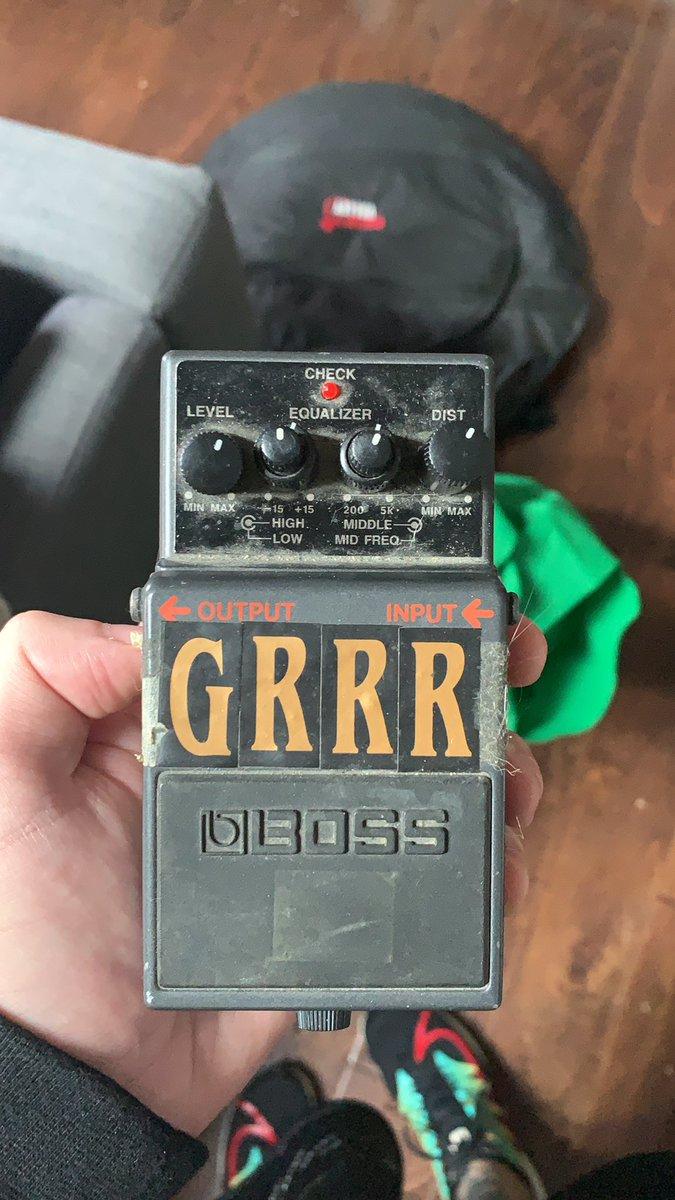 @MattDyerr Used it as a feedback pedal 😂
