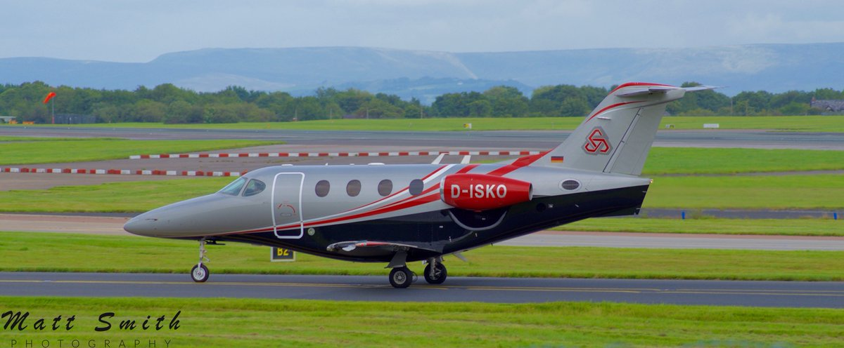 """private owned @Beechcraft 390 Premier I (18yrs), with one of the best regs ive seen! """"Party time""""!!🥳🤩🕺 @manairport #aviation #avgeek #planespotting #aviationphotography #Manchester #executive #Travel #trip #journey #scenery #backdrop #hills #Aircraft #Airport #photooftheday https://t.co/gFuovtcNsL"""