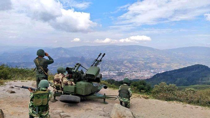 Tag ceofanb en El Foro Militar de Venezuela  EjREoaiXYAA-W-g?format=jpg&name=small